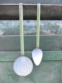 Emaille schuimspaan groen/grijs