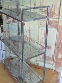 Leuk vintage chroom metalen rekje of staande regaal