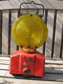 Signaallamp met rood onderstel