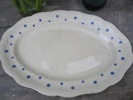 Brocante aardewerkschaal met blauw bloemmetjes motief
