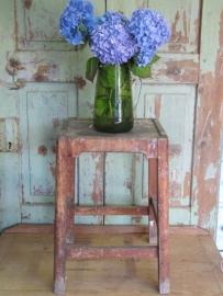 Leuk brocante oud houten krukje