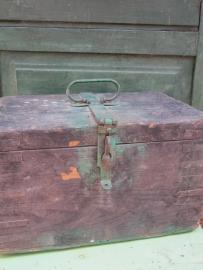 Antiek houten kistje