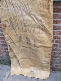 Oude jute brood zak uit het Belgische leger uit 1948