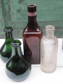 Hele oude bruine fles voor hemoglobine
