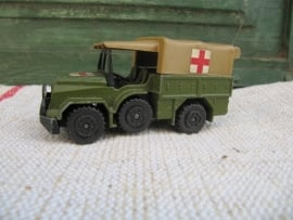 Matchbox military ambulance K 112 uit 1976