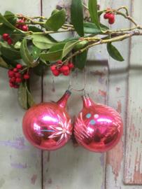 Set van 2 oude kerstballen