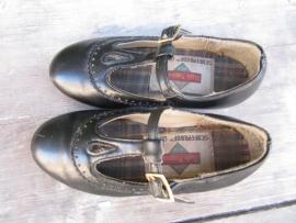 Brocante oude zwarte meisjesschoentjes