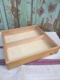 Vintage houten bakje met 2 vaksverdeling