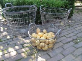 Verzinkte aardappelmand middel