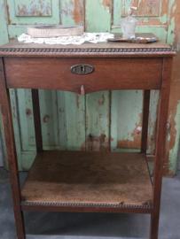 Vintage houten (naai) tafeltje