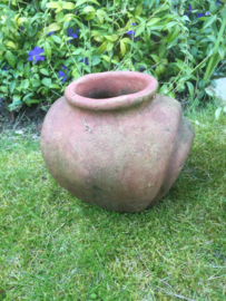 Brocante terracotta pot apart model