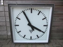 Oude grote Pragatron klok