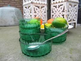 Brocante groene glazen schaaltjes. Set van 6 stuks.