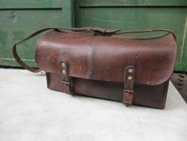 Oude lederen (timmermans) tas