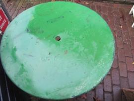 Oude metalen ronde klaptafel