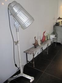 Oude staande lamp