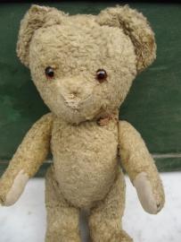 Leuk heel oud Teddybeertje