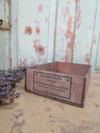 Antiek kistje voor chocolade