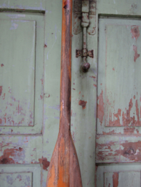 Oude houten peddel