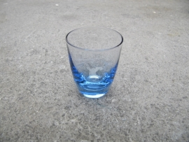 Blauwe borrelglaasjes