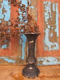 Brocante gietijzeren zwarte tuinvaas