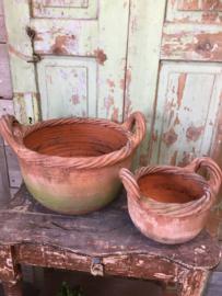 Set oude terracotta potten