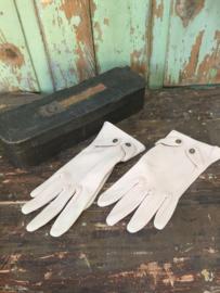 Paar oude dames handschoenen
