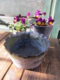 Brocant zinken bloembakje