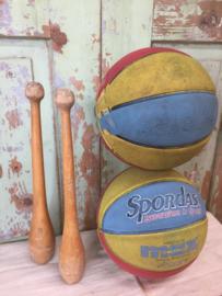 Oude gymzaal bal
