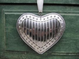 Leuk brocante zilverkleurig blikken hart