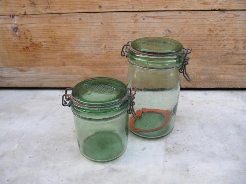 Leuke oude pot van Solidex met een platte deksel 1/2 liter