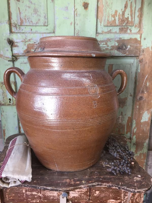 Wonderbaar Antieke Franse grote aardewerk pot   Recent verkocht / Sold OU-11
