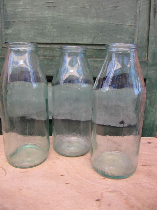 Oude fles met brede hals