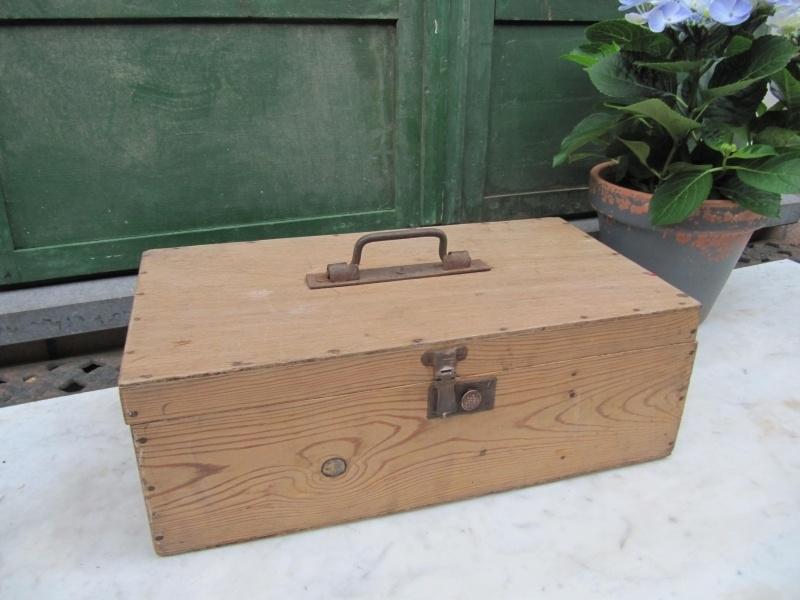 Mooie Houten Box.Mooie Franse Houten Kist Met Leuke Sluiting Recent Verkocht Sold