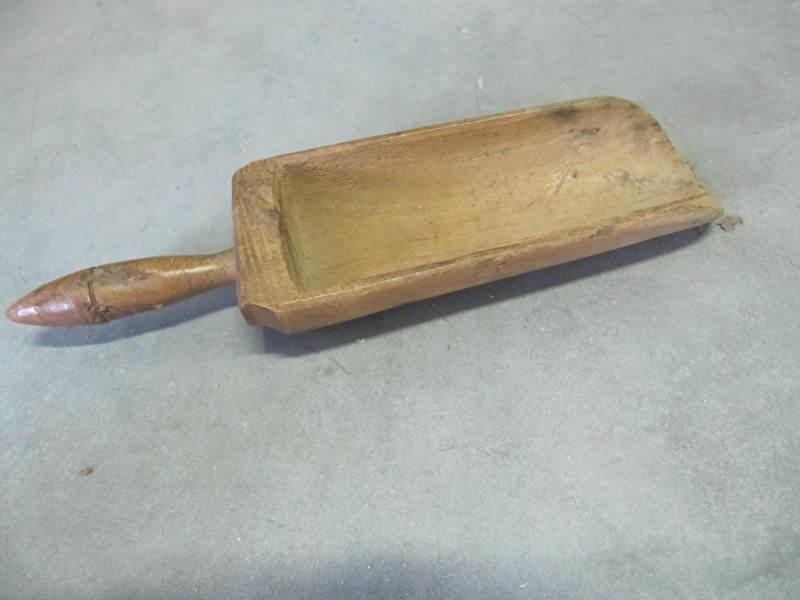 Antieke houten schep