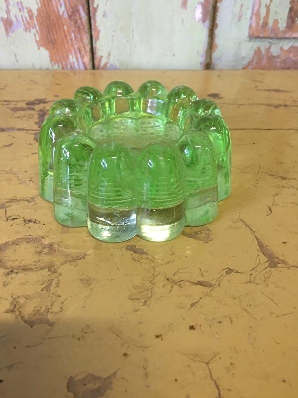 Oude glazen kast onderzetter
