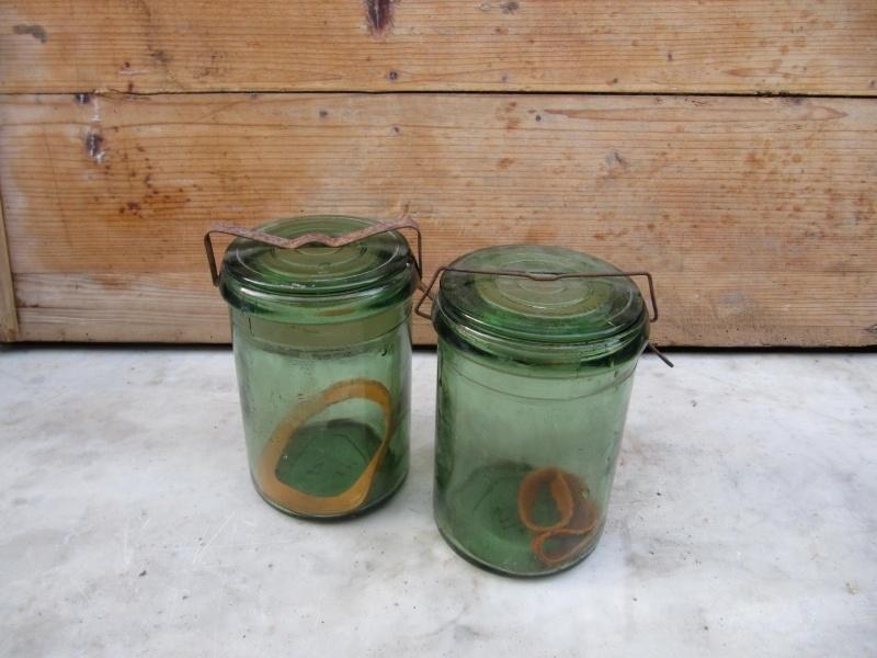 Oude brocante groene inmaakpot van 3/4 liter