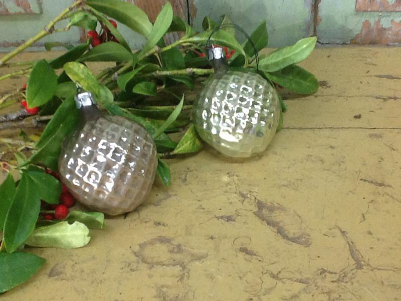 Set van 2 oude kerstversieringen