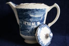 Societé Ceramique Maestricht - Boerenhoeve - Koffiepot - Lichte Schade