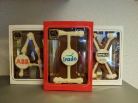 Chocoladeletter met Logo  ( Prijs op aanvraag)