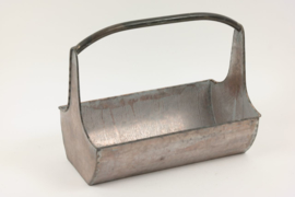 Metalen plantenbak, draagbak, krantenbak....