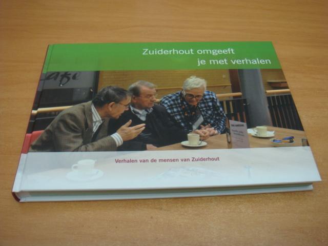 Zuiderhout omgeeft je met verhalen - Martens, Helma W.C.T.M.