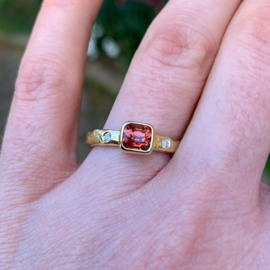 Copper red spinel & diamonds(Sold!)