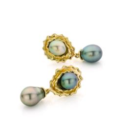 Tahitian pearl drop