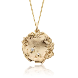Fairtrade gold pendant & diamonds