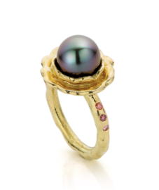 Tahitian pearl & pink diamonds