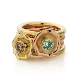 Stapel ring & mint groene diamant