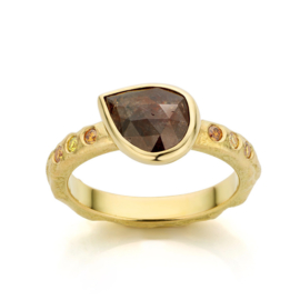 Brown rose diamond