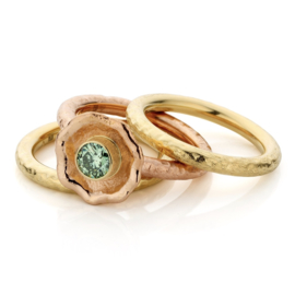 Stacking ring & mint green diamond