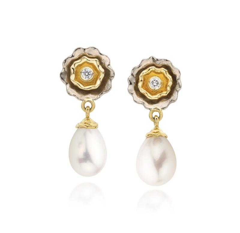 Fresh water pearls & diamonds